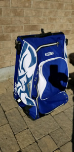 GRIT Sumo rolling tower hockey bag -medium size 33""