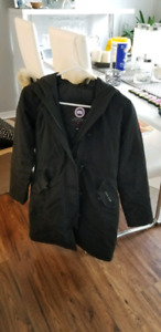 Kids Canada Goose Size Large