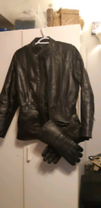 Womens leather jacket with gauntlet gloves