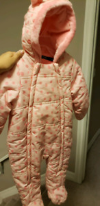 Baby girl snow suit $10