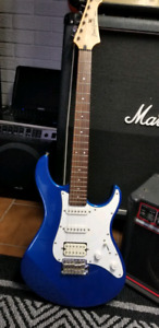 YAMAHA PACIFICA STRATOCASTER SSH
