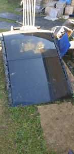 Huge panoramic sunroof. One of the biggest you can find