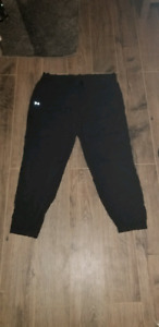 womans xl Under Armour Pants