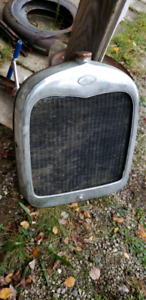 1928 Model A rolling chassis, fenders and other parts