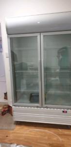Glass door commercial display fridge