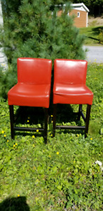 ***SOLD*** to very nice people. BAR STOOLS (2)