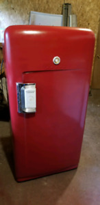1953 international harvester fridge