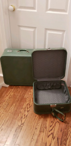 Turquoise Vintage Skyway 1950s luggage