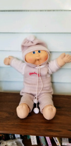 Vintage original Cabbage Patch Kid authentic outfit, blue eyes