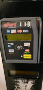 Vending card reader distributrice