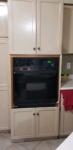 Wooden Kitchen Cabinets for Sale $1000