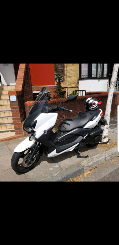 Yamaha xmax 250cc With Roof Helmet & Accessories | in Archway, London |  Gumtree