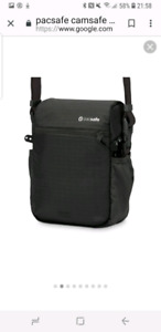 Pacsafe anti theft camera bag