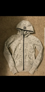 Lululemon hoodies mostly size 6