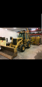 Cat backhoe 4x4