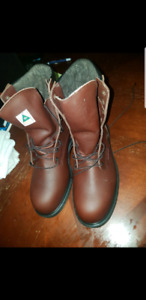 Size 9.5 red wing steel toed boots