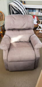 Small 3 Position Lift Chair