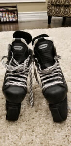 CHILDRENS REEBOK ICE SKATES
