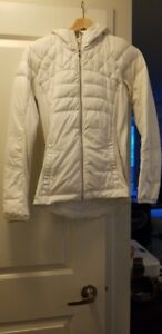 Size 4 Down for a run Lululemon *light* down jacket in white