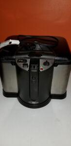 Oster CKSTDFZM70 4-Liter Cool Touch Deep Fryer, $35 OBO