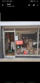 Town centre shop to let