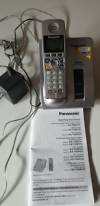 Panasonic KX-TG6021CM cordless phone with answering machine