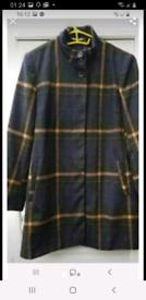 Ladies coat 16