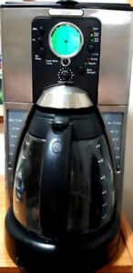 Nice clean Oster  programmable coffee maker