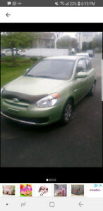2010 Hyundai Accent Coupe (2 door)