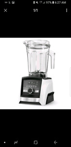 Selling brand new vitamix a2500 accent series 550$