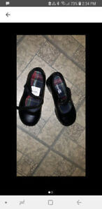 Girls black dress shoes size 10 and a half