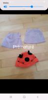 Lot de bonnets pour bébé prématuré donc 2 neufs