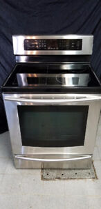Cuisinière induction stainless convection Samsung / stove