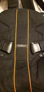 BABYBJORN BABY CARRIER ONE !!!   Almost new !    Heavy duty !