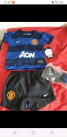 Boy age 3-6 months Manchester United kit