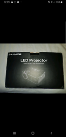 Projector High definition (brand new in box)