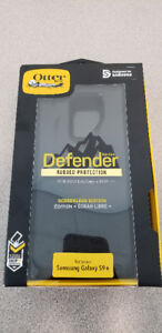 Brand New OtterBox Defender Series Case for Samsung Galaxy S9+