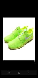 correcto áspero plantador  Nike roshe trainers   Men's Trainers for Sale   Gumtree