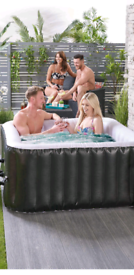 4 person inflatable hottub brand new