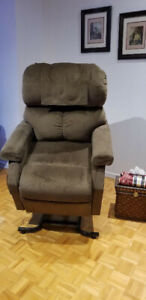 Pride mobility recliner lift chair  - great for seniors!