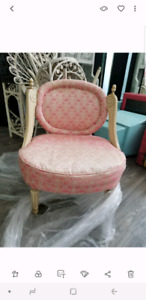 Chaise antique rose