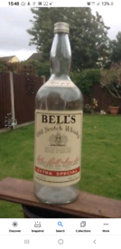 WANTED , 4.5 LITRE BELLS Whisky bottle,\\ CAP LID ONLY!! //