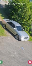 Mercedes Benz e300td