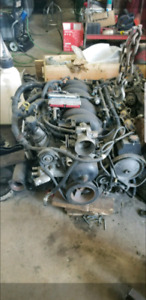 Ls1 engine with ecu and harness
