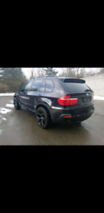 2008 BMW X5 3.0si   -   No accidents   -   10/10 Condition