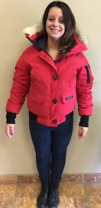 AUTHENTIC WOMANS CANADA GOOSE