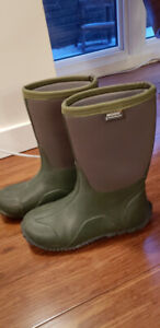 Bogs Insulated Boots Youth Size 6 / Womens Size 8