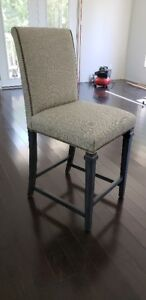 SET OF 3 KITCHEN ISLAND/ BAR STOOLS, NEW IN THE BOX !!!