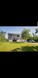 HOUSE FOR SALE IN GEORGINA WITH 10 ACRES 7905 SMITH BLVD