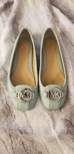 Michael Kors MK Fulton Leather Flats - size 7.5